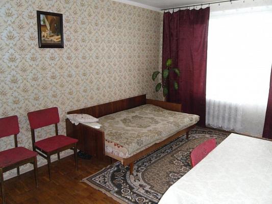 2-комнатная квартира посуточно в Киеве. Шевченковский район, ул.Мельникова, 49. Фото 1