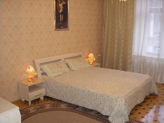 2-комнатная квартира посуточно в Одессе. Приморский район, ул. Канатная, 10. Фото 1