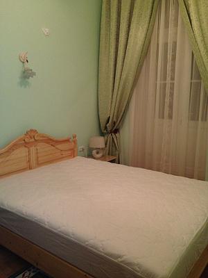 2-комнатная квартира посуточно в Львове. Лычаковский район, ул. Пекарская, 26. Фото 1