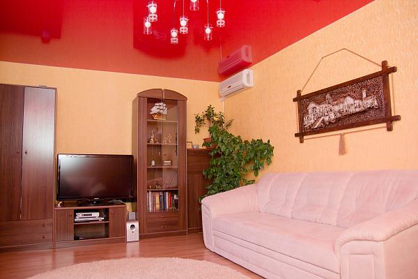 2-комнатная квартира посуточно в Коктебеле. пер. Долинный, 11. Фото 1