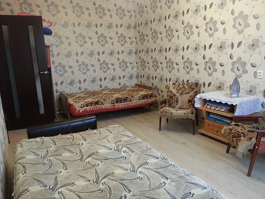 1-комнатная квартира посуточно в Ровно. ул. Волынской Дивизии, 29. Фото 1