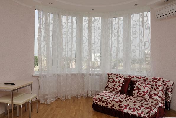 1-комнатная квартира посуточно в Одессе. Приморский район, ул. Пантелеймоновская, 88. Фото 1