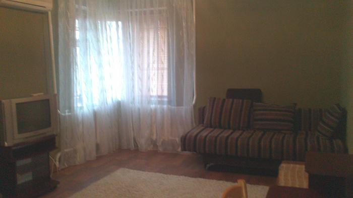 1-комнатная квартира посуточно в Сумах. Заречный район, ул. Харьковская, 41. Фото 1