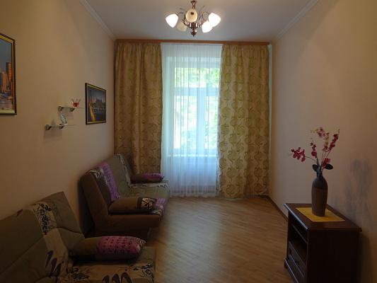 2-комнатная квартира посуточно в Львове. Франковский район, ул. Федьковича, 35. Фото 1