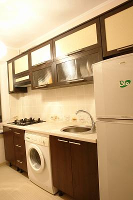 2-комнатная квартира посуточно в Керчи. ул. Юннатов, 18. Фото 1