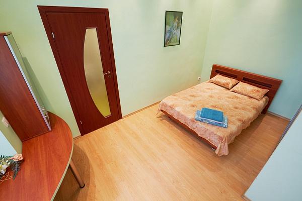 1-комнатная квартира посуточно в Львове. Галицкий район, ул. ВАЛОВАЯ , 16. Фото 1