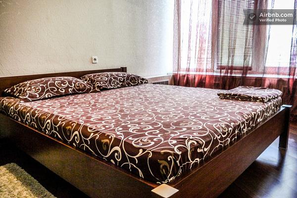 2-комнатная квартира посуточно в Киеве. Шевченковский район, ул. Большая Васильковская, 51. Фото 1