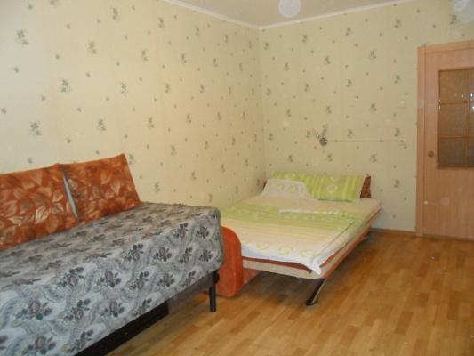1-комнатная квартира посуточно в Киеве. Дарницкий район, Григоренка, 20. Фото 1