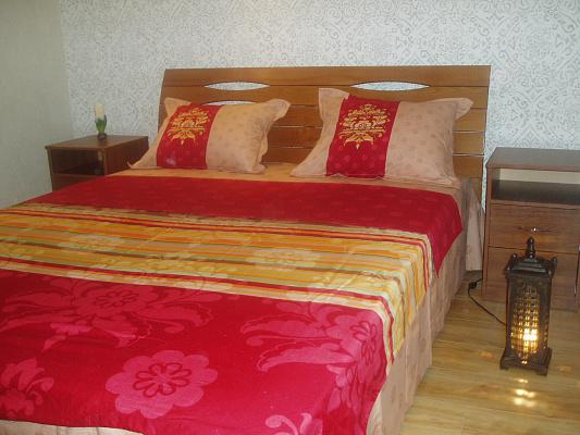 2-комнатная квартира посуточно в Одессе. Приморский район, ул. Спиридоновская, 24. Фото 1