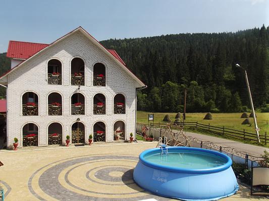 Мини-отель  посуточно в Полянице. ул. Карпатская, 3. Фото 1