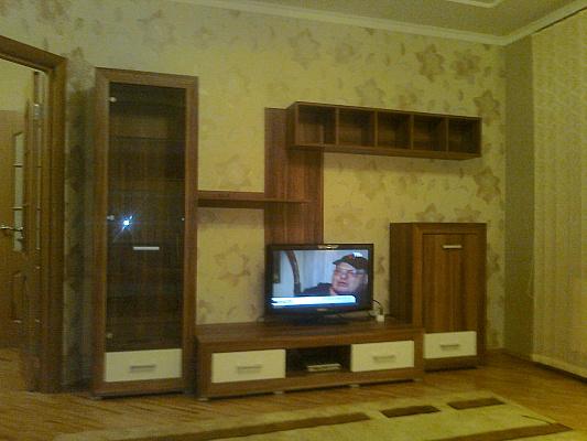 2-комнатная квартира посуточно в Хмельницком. Щербакова. Фото 1