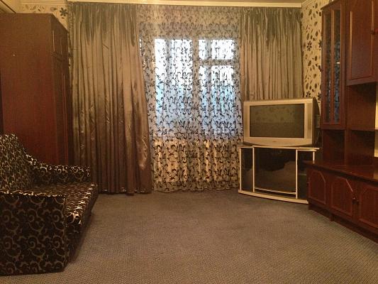 1-комнатная квартира посуточно в Кременчуге. пр-т Свободы (ул. 60 лет Октября), 19. Фото 1