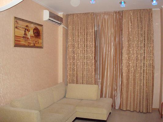 3-комнатная квартира посуточно в Одессе. Приморский район, ул. Пантелеймоновская, 88/1. Фото 1