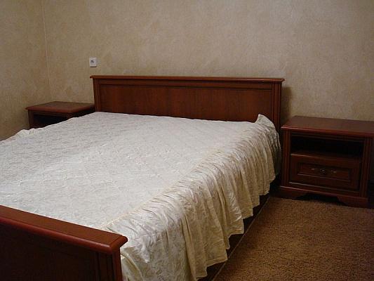3-комнатная квартира посуточно в Николаеве. Центральный район, пр-т Г. Сталинграда, 105. Фото 1