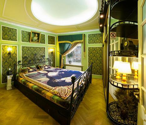 2-комнатная квартира посуточно в Одессе. Приморский район, Дерибасовская, 10. Фото 1