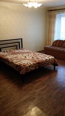 1-комнатная квартира посуточно в Артемовске. ул. Независимости (Советская), 53. Фото 1