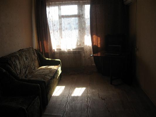 1-комнатная квартира посуточно в Севастополе. Ленинский район, ул. Гоголя, 36. Фото 1
