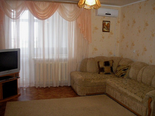 1-комнатная квартира посуточно в Саках. ул. Санаторная, 1А. Фото 1