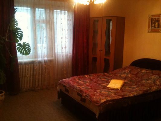 1-комнатная квартира посуточно в Хмельницком. Владимирская, 1. Фото 1