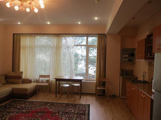 1-комнатная квартира посуточно в Партените. ул.Солнечная, 13А. Фото 1
