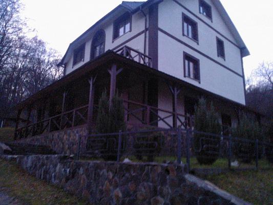 Дом  посуточно в Львове. с. Сосновка, 1. Фото 1