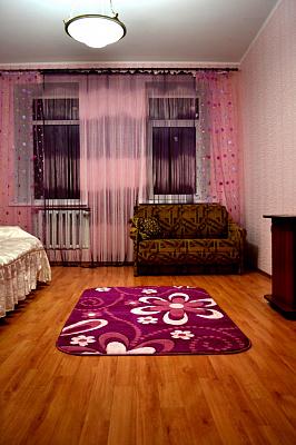 1-комнатная квартира посуточно в Николаеве. Заводской район, улица Корабелов, 2. Фото 1