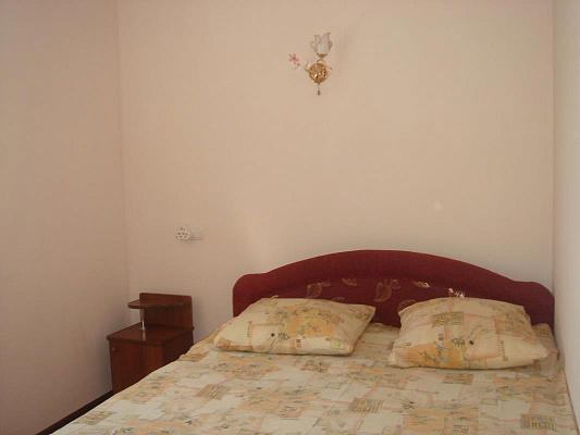 1-комнатная квартира посуточно в Саках. ул. Лесная, 16. Фото 1