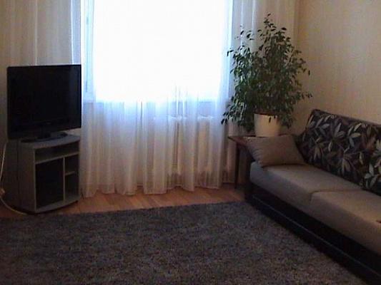 1-комнатная квартира посуточно в Киеве. Подольский район, В.Порика, 7 б. Фото 1