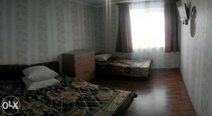 Комната  посуточно в Бердянске. Ревуцкого0. Фото 1