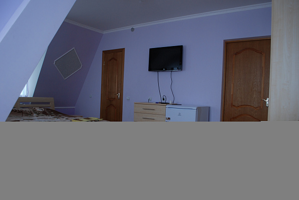 1-комнатная квартира посуточно в Бердянске. ул. Тищенко, 45. Фото 1