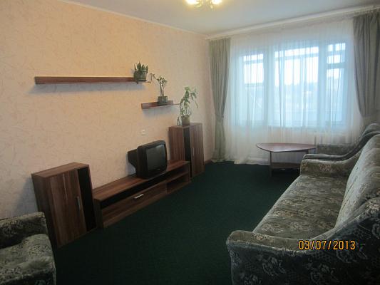 1-комнатная квартира посуточно в Ровно. ул. Костромская, 1. Фото 1