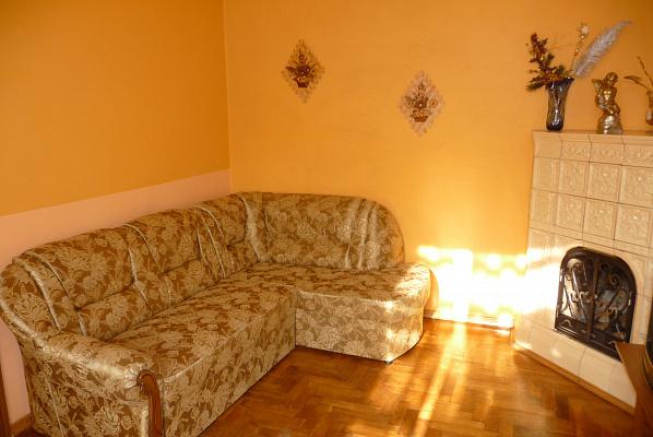 3-комнатная квартира посуточно в Львове. Галицкий район, пр.Свободи, 35. Фото 1