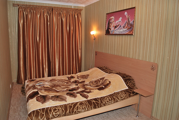 2-комнатная квартира посуточно в Измаиле. пр-т Ленина, 7. Фото 1