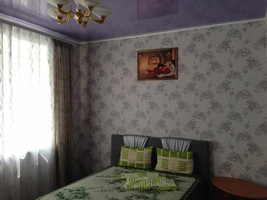 2-комнатная квартира посуточно в Белгороде-Днестровском. ул. Михайловская (Ленина), 60. Фото 1