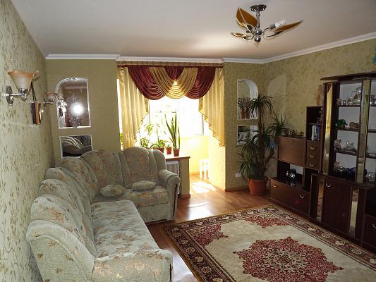 1-комнатная квартира посуточно в Каменце-Подольском. Щорса, 1. Фото 1