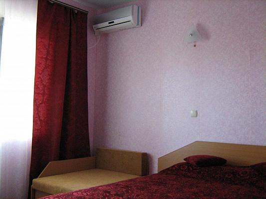 Мини-отель  посуточно в Затоке. ул. Виноградная, 20. Фото 1