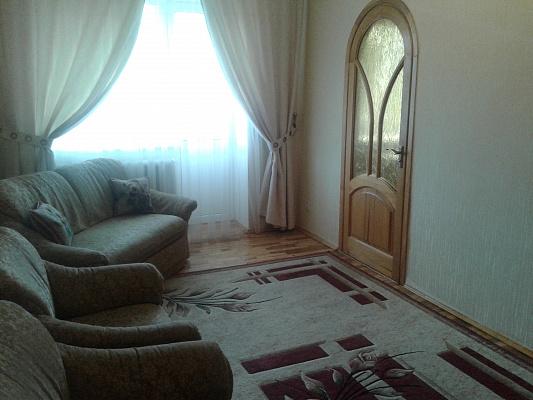 3-комнатная квартира посуточно в Ровно. пр-т Мира, 6. Фото 1