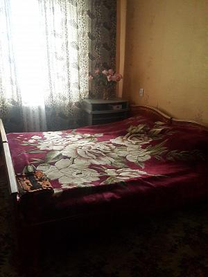 2-комнатная квартира посуточно в Николаеве. Заводской район, ул. Советская, 32. Фото 1