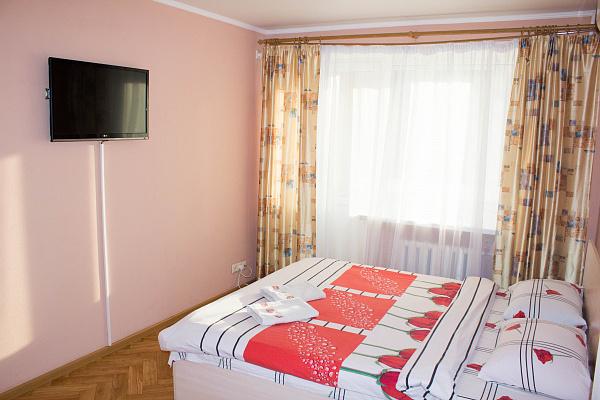 1-комнатная квартира посуточно в Полтаве. Киевский район, ул. Октябрьская, 73. Фото 1