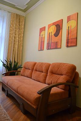 1-комнатная квартира посуточно в Львове. Железнодорожный район, ул. Марка Вовчка, 30. Фото 1