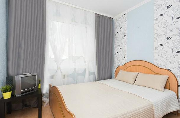 1-комнатная квартира посуточно в Киеве. Голосеевский район, ул. Антоновича, 88. Фото 1