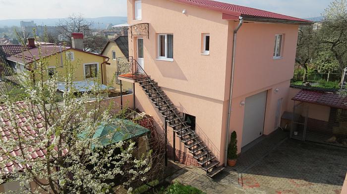 Мини-отель  посуточно в Трускавце. ул. Вишенского, 10. Фото 1
