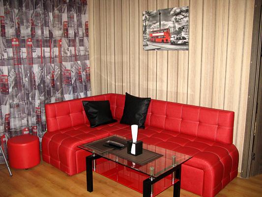 2-комнатная квартира посуточно в Одессе. Приморский район, ул. Троицкая, 12. Фото 1