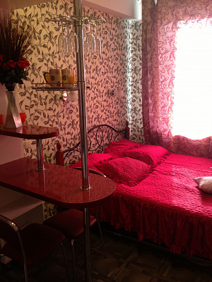 1-комнатная квартира посуточно в Горловке. пр-т Победы, 31. Фото 1