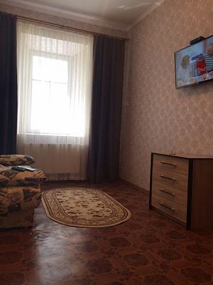 2-комнатная квартира посуточно в Каменце-Подольском. пл. Польский Рынок, 12. Фото 1