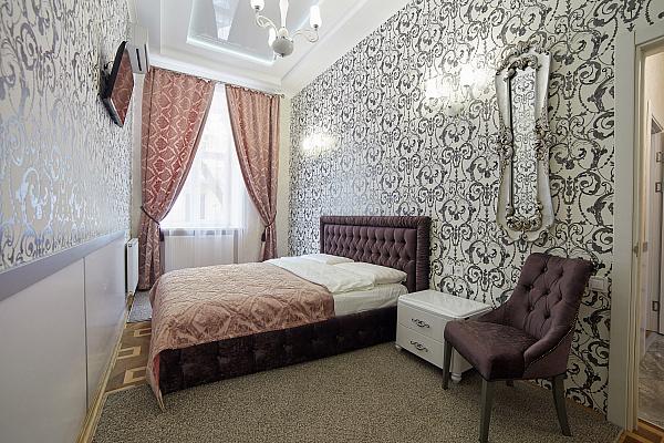 2-комнатная квартира посуточно в Львове. Галицкий район, ул. Гоголя, 12а. Фото 1