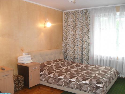 2-комнатная квартира посуточно в Черновцах. Шевченковский район, ул. Героев Майдана, 63. Фото 1