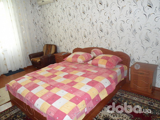 3-комнатная квартира посуточно в Измаиле. пр-т Суворова, 72. Фото 1