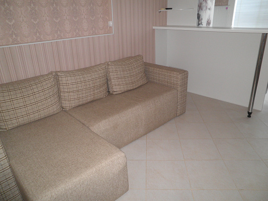 2-комнатная квартира посуточно в Алуште. ул. Пионерская, 13. Фото 1