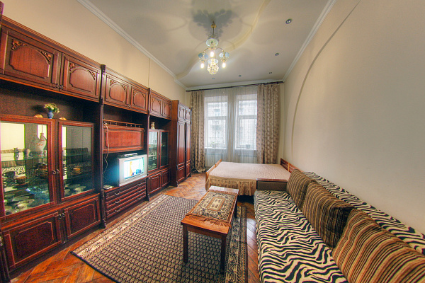 1-комнатная квартира посуточно в Львове. Галицкий район, ул. Кулиша, 17. Фото 1